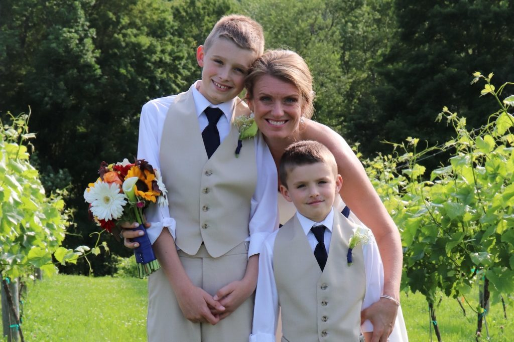 Stephanie Singe with sons Camden and Beckett